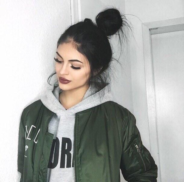 Les Tumblr girl pour moi elle on du style tout en restant soi,même . Mais  cela dit c\u0027est vrai que les post bad ou Tumblr girl on des must have comme  les